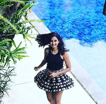 Happily twirling in my flare skirt. Such an easy breezy vacay outfit. . . Follow me on: Instagram: @thestyleinfusion Blog: www.thestyleinfusion.com Youtube: The Style Infusion (don't forget to subscribe) . . #style #flareskirt #croptop #vacaylookbook #twirl #fashion&lifestyle #vacayootd #ootd #stylingtips #followme #thestyleinfusion