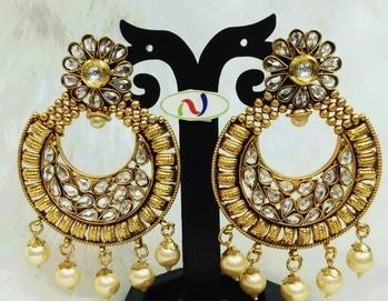 1000/- #roposofashion #roposodaily #ropo-love #roposojewellery #roposobeauty #fashieonmoments #fashionearrings #trendingnow #trendycollectio #trendalert #funkyfashion #trendyearinngs #earrings #oxidized #roposotimes #roposojewellery #jewellery #jewellerylove #roposolive #roposogal #roposojewels #roposolove #accessorylove #accessorieslove #accessorize #roposoaccessories #roposoaccessory #jewellerylove #jewellerylover