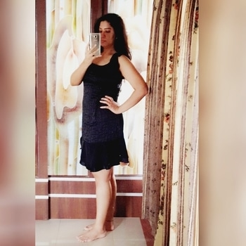 '' Don't kill flowers growing inside of you for someone who doesn't appreciate the way you bloom''!  #wordpower #positivevibes #lbdlook #lilblackdress #loveforblack #selfielove #poseposepose #me #ropo-love #soroposogirl #mirrorselfie #ootd #ootdroposo