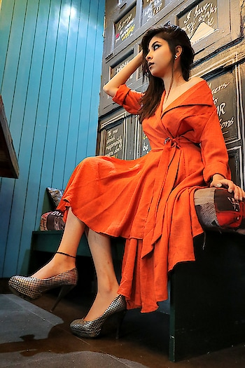 Be a Stiletto in a room full of flats. 👠  . . . . . . . . . . #diksha #fromposetocloth  #fashionblogger#blogger#indianfashionblogger#amritsarfashionblogger#amazingamritsar#amritsarblogger#featured#magazine#ootd#ootdindian#vogue#vogueindia#popxofashion#pikreview#pikreview_official#popxo#plixxo#plixxoblogger#fashion#influencer#designer#designerot#lookbooklookbook#partylook