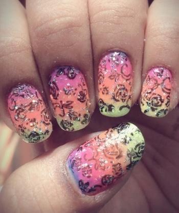 #flower#nailart#stampingnailart#3shade#nailpaintlove#nailartaddit#like4like#follow4follow💅💅