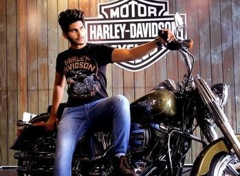 """ I Never really questioned why i ride, Coz for me it's as basic as breathing."" ______________________________________  Pleasure to work with - @harleydavidson_india  _______________________________________  #fashion #swag #style #stylish #me #swagger #cute #photooftheday #jacket #hair #pants #shirt #instagood #handsome #cool #polo #swagg #guy #boy #boys #man #model #tshirt #shoes #sneakers #styles #jeans #fresh #dope"