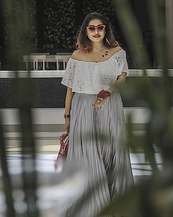 """Wearing this Lace Flounce Trim Bardot Bodysuit and Zipper Side Pleated Flare Maxi Skirt from from @sheinofficial Shades @luluandskyofficial ************************************* Get this maxi skirt here 'Search ID  https://goo.gl/2MTyLH search ID :264354 And the Bodysuit here  https://goo.gl/5nwicW search ID :372378 ************************************* Also you use my code """"shiwan20"""" and can enjoy 20% off when you use it . The code is valid from today to July first. ************************************* #shein #DoubleTreeByHilton #Agra #DTAgra #DoubleTreeByHiltonAgra #WeAreHilton #WeAreHospitality #HAveFun #lifestyle #SummerVibes #maxiskirt #bodysuit #whitebodysuit #silverskirt #skirt #shades #redshades #flareskirt"""