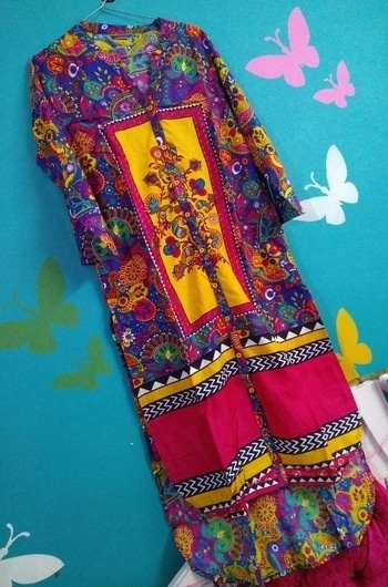 Designer pure quality cotton kurti full stirched with trail look.. Size 40-42 900/-including shipping