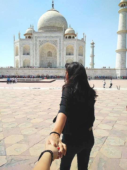 #followmeto  #tajmahal #agra #agradiaries ##agra #taj #mahal #style #2k18 #ropo-love #ropo-beauty #tajmahalagra