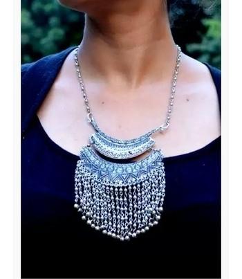 #fabstreet #tassels #Pandent #necklace  #tasselnecklace #pandents #chunky #chunkyneckpiece #chunkynecklace #oxidised #silver #tribal #tribaljewelry #alloy #necklace #women-fashion #onlineshopping #women #roposogal #onlinestore #roposo  http://fabstreet.in/products/fabstreet-tassel-pendant-necklace