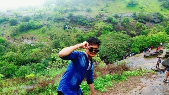 enjoy rainy at lonawala dam... euuuuuuuu....