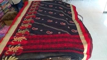 Presenting #awesomness  #chanderisilk  #saree  with #allover  #chikankariwork #roposo #roposoforwomen #chikankari_sarees  #shivamchikan #lucknow #shaaneawadhchikankari  MRP Rs4,000/- #lucknowchikankari