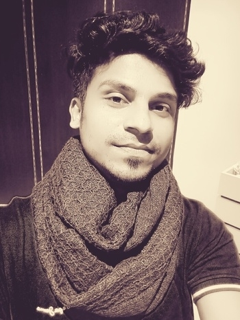 #shutterup #seasonsmall #follow4follow #followforfashion #like4like #winterlook #scarf #roposo #pune
