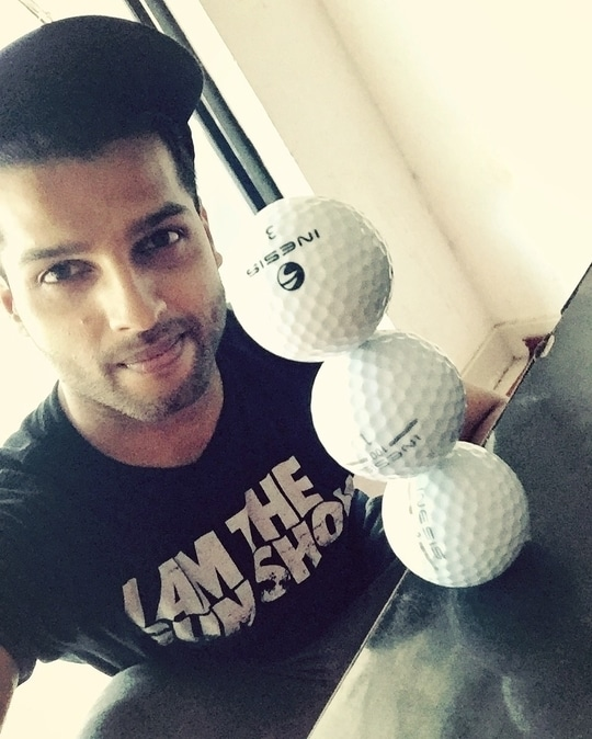 Life is a balance of holding and letting go !  Have a great day ahead :)   #rahulnair #mrindia #golf #golfball #balance #games