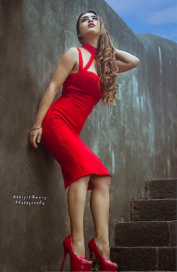 The Love I Couldn't Find in Others , I Found It In Myself ...❤️ : Outfit @head.to.heels  PC @abhijitdwaryphotography  Mua @makeupbysanjam_  : #lovemyself #lovemylife #love #happylife #boldandbeautiful #sexy #litaf #itslit #redhot #red  #redlove #loveposing #poser #queen #redheels  #bloggerstyle #blogpost #fashion #fashioninsta #styleicon #nehamalik #model #actor #diva #blogger #instagram