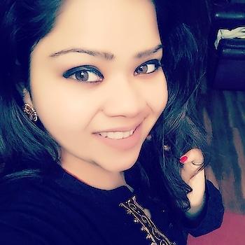 I've never seen elegance go out of style... #hercreativepalace #influencer #kanikasharma #elegance