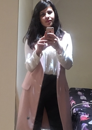 This one definitely goes down as one of those #poweroutfits that make me feel like a woman in full control. Who says impactful workwear can't be affordable?  Duster coat: #newlook White shirt: #primark Trousers: #matalan #wiwtwt #whatiworetoworktoday Also if I look upset, that's because I was...Westminster is where I work, and the attack a few minutes away was heartbreaking, terrifying and infuriating. But London is nothing if not strong, and #wearenotafraid.