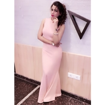 """Elegance is the only beauty that never fades"" #awsomeclick thx2 @srkajaljaiswal #instalife #classylady #loveurself #lovefashion  #feelingawsome #roposolife #roposostyle #keepstyling #be-fashionable #lovethisoutfit #lovelyhairstyle #ilovethislook"
