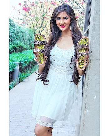 Fabulous pair of flats:- @colourmemadflipflops  Incredible comfy & cute! ♥ ⠀⠀⠀⠀⠀⠀⠀⠀⠀⠀⠀⠀⠀⠀⠀⠀⠀⠀⠀⠀⠀⠀⠀⠀⠀⠀⠀⠀⠀⠀⠀⠀⠀⠀⠀⠀⠀ ⠀⠀⠀⠀⠀⠀⠀⠀⠀⠀⠀⠀⠀⠀⠀⠀⠀⠀⠀⠀⠀⠀⠀⠀⠀⠀⠀⠀⠀⠀⠀⠀⠀⠀⠀⠀⠀⠀⠀ ⠀⠀⠀⠀⠀⠀⠀⠀⠀⠀⠀⠀⠀⠀⠀⠀⠀⠀⠀⠀⠀⠀⠀⠀⠀⠀⠀⠀⠀⠀⠀⠀⠀⠀⠀⠀⠀⠀ ⠀⠀⠀⠀⠀⠀⠀⠀⠀⠀⠀⠀⠀⠀⠀⠀⠀⠀⠀⠀⠀⠀⠀⠀⠀⠀⠀⠀⠀⠀⠀⠀⠀⠀⠀⠀⠀⠀⠀ ⠀⠀⠀⠀⠀⠀⠀⠀⠀⠀⠀⠀⠀⠀⠀⠀⠀⠀⠀⠀⠀⠀⠀⠀⠀⠀⠀⠀⠀⠀⠀ #blogged #acting #fashionfeed #ethnic #mumbaiblogger #blogging #fashionblogging #indianblogger #workmode #footwear #flats #pamperyourfeet