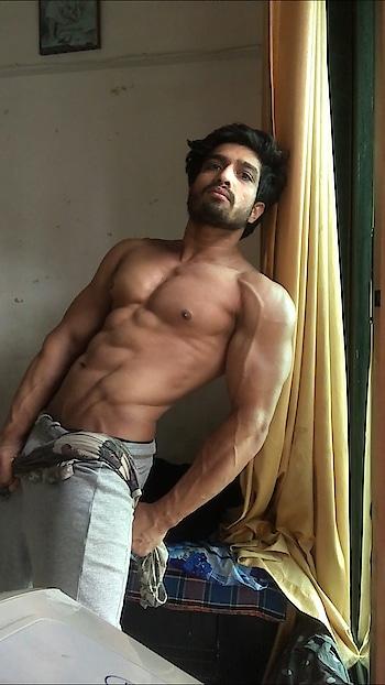 #goodmorning #morningmotivation #abs #muscles #leanmuscles #hardwork #fit #fitness #fitnessmotivation #model #hotmen #malemodelindia #fashionmodel #fitnessmodel #mumbai