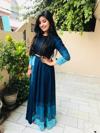 My Outfit Of Diwali 🥂   This is how beautifully i spend diwali🍄 #lookedabsolutelygorgeous #flauting #bluekurta #diwalioutfit #perfectlook #statementearings