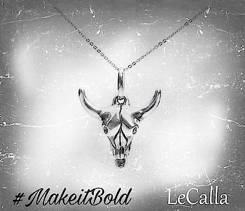 #LeCalla Men's fashion, get this silver bold pendant and wear it in style. #Mensaccessory #DmforDetails #OrderNow #Pendant #silver #jewelry #ootd #ootdfashion #mensfashion #fashionista #pendant #bebold #roposolove #uniquejewelry #mensaccessories