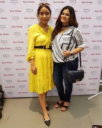 At the meet and greet today with @sheervanitysonia and @marksandspencer ✨  #roposo #soroposo #roposoblogger #stylestrides #thebgwardrobe #blogger #fashionblogger #bangalore #bangalorefashionblogger #bangaloreblogger #indianblogger #indianfashionblogger #fashionblog #lifestyleblogger #indianlifestyleblogger #fashioninfluencer #fashionstylist #beautyblogger #styleblogger #foodblogger #indianbeautyblogger  #bangalorebeautyblogger #plixxo #plixxoblogger #plixxobypopxo #bangalorefoodblogger  #streetstyle