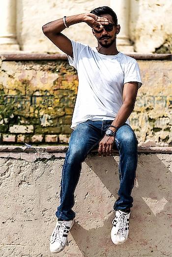 Did you Try and succeed in @jesselingard and @dele challenge?  I am wearing:  @decathlonsportsindia White Sports T-Shirt @levis 511 Dark Wash Slim Fit Jeans @emporioarmani Ceramica Analog Watch @gucci belt @adidas Superstar white 📸 - @thecreationgirl ——————————————— #instafashion #streetstyle #instagram #fashion #fashionable #fashionista #mensfashion #mensblogging #mensfashionblogging #mensfashionblogger #streetwear #hypebeast #hypetrend #hypedrop #teamondeck #otd #ootd #jlingzchallenge #delealichallenge👌 #ggmu