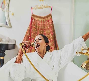 It's just a happy Bride thing!  Picture credit - Infinite Memories  #weddingasia #exhibition #2018 #newdelhi #ludhiana #chandigarh #bangkok  #happybride #wedding #weddingphotography #capture #love #happiness
