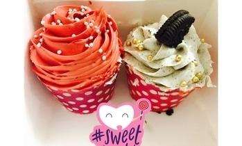 Cupcakes 😍 #cupcakes #dessertlove #redvelvet #oreo #weekdayjustgotbetter #sweettooth