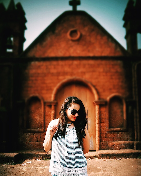 Vintage Portugal chapels are the best attraction in GOA, India 🇮🇳, tiny vintage structures in every corner of the town makes the place  culturally rich.. #travel #travelstyleandtravelcloset #goadiaries @goa  #traveladdict #punefashionblogger #indiantravelblogger #womenwhoexplore #womenwhotravel #punebloggers #traveltoexplore #tinyworld #incredibleindia #indiantraveller #indiantravelgram #indiantravelblog #indianblogger #heritage #vintage #vintagetown #goatravel #goa @sogoa @goatourism #picoftheday #lookoftheday #exploringgoa #exploringtheworld #exploringindia #currytraveller #indiantravelblogger #currytraveller #roposoblogger #roposotravelblogger #roposo-makeupandfashiondiaries #roposo-fashiondiaries #roposo-fashion #soroposo #soroposofashionista #soroposotravel #roposotravelblogger #roposo-pic #musafirchannel #musafirblogger #musafirblogger