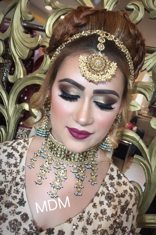 Makeup at Meenakshiduttmakeoversdelhi #meenakshidutt #meenakshiduttmakeoversdelhi #makeup and eyes makeup #makeupartistdelhi #makeupartistindia #hairandmakeup #makeup # hairstyle #makeupforalloccassions #makeupacademydelhi #indianmakeup #indianmakeupartist