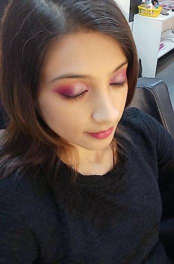 Monochromatic Makeup. 😊 #makeup #eye-makeup #ropo-makeup #monochromaticlook #makeupartist #makeupaddict #makeupartistindia #makeupandbeauty #makeupartistkolkata #sudeshnasmakeover #followme #followmeonroposo #followmeplease #follownow #followback #followbackinseconds #roposo #roposobeauty #roposostyle #soroposofashion #roposomakeup #roposomakeupartist #roposomakeupandfashiondiaries #roposofollow #roposofollowme