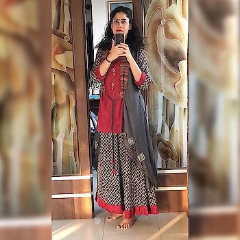 #navratri2018 #navratrimakeup #indiantraditionawear #makeup #durgapooja #ethnic-wear #garbadance