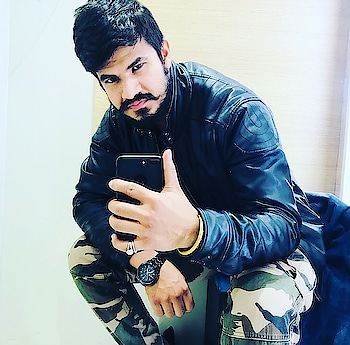 Updated their profile picture #newdp #jaat #jaatitude #jatt #jat #beard #beardo #bearded-men #fashion #love #lookgoodfeelgood #trend #jeansshirt #cargopants #armypants #favoutfit #outfitoftheday #picofthedaystyle