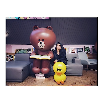 Some place with a cute c ho coco teddy @ times Square, New York ☺️ . . . . #blogmyway #pujagarwal #teddy #throwbackthursday  #newyorkcity #unlimited_newyork #what_i_saw_in_nyc #ig_nycity #bigapple #ilovenewyork #thebigapple #newyorknewyork #nycityworld #ilove_newyo #streetsofnewyork #thisisnewyorkcity #icapture_nyc #nyc_explorers #nycprimeshot #ig_unitedstates #nyc #newyork #timessquare