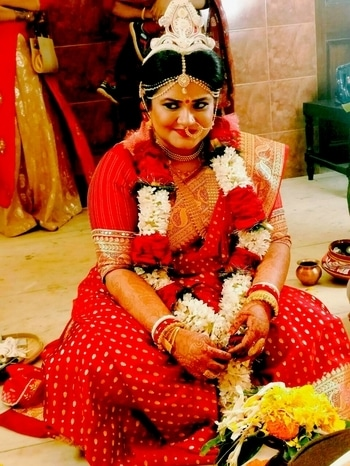 So I have been away from Roposo for a while...But hopefully I am back... Atleast now you know marriage has kept me busy..😋 #marriage #marriageceremony #bengalibride  #plussize #iamback #love #soroposo