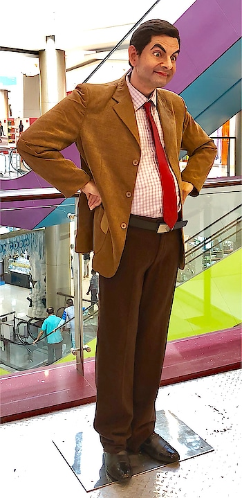 What are your plans over this long weekend ??!? #mrbean #waxstatue #funny he always makes me smile... #comedychannel #lifelikestatues