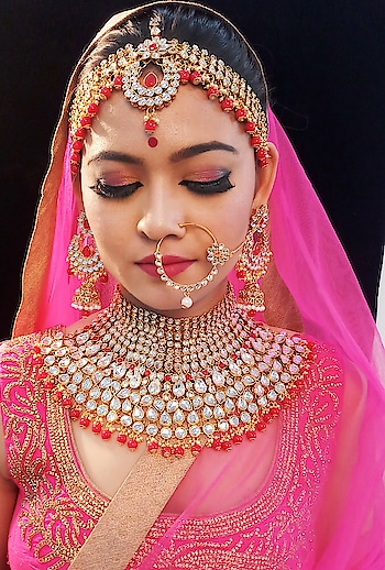 #photoshoot #bridal-outfit  #cosmetic #lipstick #mac #makeup #colourbarblush#pinklips#padmavatilook #ethnicjewellery #pinkpower #hdmakeup #falselashes #highlight #contour #strobing #studentwork #excellence #highdefination camera #bridalshoot #perfect_pic