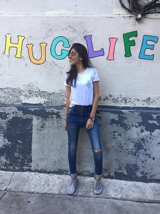 #huglife #fashion #ootd #blogger #fashionblogger #traveller #travelblogger #be-fashionable