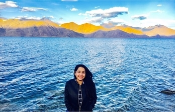 Travel far enough to meet yourself !! To travel is to live ❤️❤️ #ladakh2017 #pangonglake #classic-beauty #natureatitsbest #⛺️❤️☀️  #travel #travelthrowback #musafir