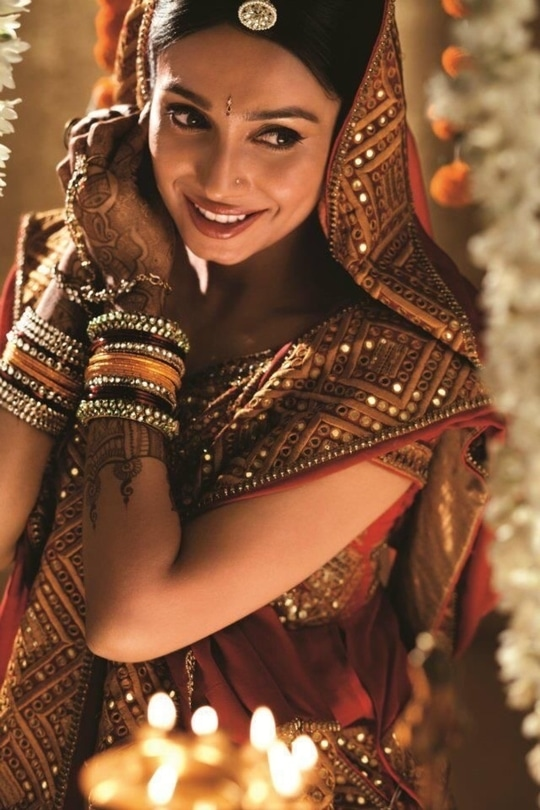 #bridalphotography #pose with smile and style #bridedreams  #wedding