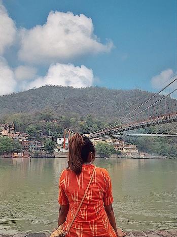 Ram Jhula 🙏 #rishikesh #chillystudio #travelblogger #indiantraveller #indiantravelblogger #incredibleindia #indiantourism #bangaloretravellers #bangaloretravelblogger #delhifoodblogger