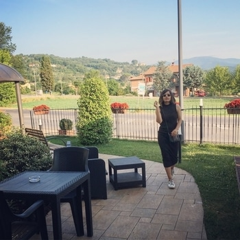 When work takes you places #toscana #work #modelling #prifreebee  #streetstyle