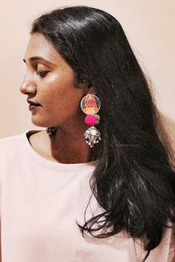 Not the best picture but I couldn't wait to share this beautiful handmade and hand painted earrings from @krutiarts ❤  And Kruti, You are such a talented girl 💃🏻 . . . . . . #earrings #whatiwore #trend  #fblogger #lifestyleblogger #bblogger #bbloggers #like4like  #tagsforlikes #followme  #dubaiblogger #uaeblogger #uaebloggers #instablog #instablogger #indianblogger #instabeauty  #dubaistyle #streetstyle #lookbook #wiw #wiwt #mylook #lookoftheday  #chennaiblogger #krutiarts #handmade #surat #jewelry