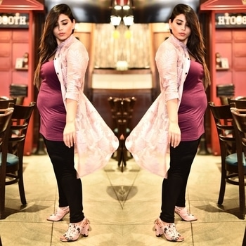 My body is full of life  My body is powerful  My body made me a mother.  #bodypositive #bodypositivity #postpartum #postpregnancy #mom #mommyblogger #fashion #fashionblogger #curves #curvywomen #loveyourself #curvyfashion #lookoftheday #ootd #mommyblogger #mommybody #mombod #sdmdaily #styledotme #popxodaily #popxoblognetwork #personalstyle #roposoblogger #roposolove #streetstyle