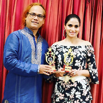 Being felicitated together with my acting guru @mukeshjadhav.. A rare moment, a rare honour.. An honour to be cherished life long🙏💐🎊 #thankyou #watal #awards #happy #moment #honour #actor #guru #actorslife 😍