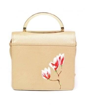 This hand-painted #leather sling #bag by Bags by Ank is #perfect for #work to #weekend : https://www.indiancultr.com//new-arrivals/painted-stories-bags-by-ank.html?trk=hmpg-slider #India #makeinIndia #fashionpost #style #fashion #wedding #accessories #shoppingonline #love #beautiful #IncredibleIndia #wow #amazing #artisan #instagood #want #neednow #inspiration #traditional #l4l #instalove #photooftheday #designer