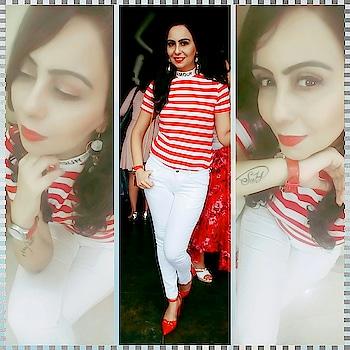 When red and white is in your mind and you wear it❤❤....feel classy and sassy😎 #red #white #redandwhite #redtop #whitedenim #redshoe #whitenails #redwatch #stripes #redlips #redlipstick #denim-love #redin #fashion-blogger #fashion #loveforred #loveforwhite #stylingtips #stylingdiva #indian #punjabigirl #ootd #ootdstyle #ootdgoals #ootddetails  👉 Top -:  @shein        Denim- @baredenim        watch -: @tommyhilfiger