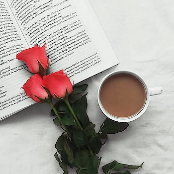 #flatlay #tea #morningvibes #goodmorning #cup #flowers #rose #books #positivevibes