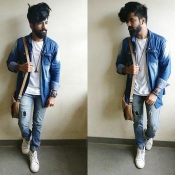 About today🖤  #beardedmen #indianbloggers #fashionlover #followback #styleblog #fashionblogger #followforfollow #fashionshow #outfit #instagood #fashionweek #blacklover #prilaga #like4tags #instadaily #like4follow #moustache #fashionphotography #igers #stylish #fashionfest
