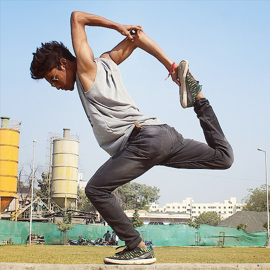 #bonebreaker #bonebreaking #roposotalenthunt #dancelife #roposoletsnacho #roposoletsdance #roposoletsnachle #tvbythepeople #tvbypeople #chinzz #bonebreakdance #bonebreakedancer #bonebreakmove #bone-marror #dancelife #dancelove #danceislife #beautiful-life #self-love #lovedancing