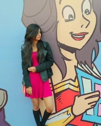 Comic con it was... . . #fashion #comiccon #delhi #geek #fashionbloggerindia #fashionblogger #hatstyle #crazy #pink #follow4follow #followme #trendingnow #styling #ootd #potd #wow