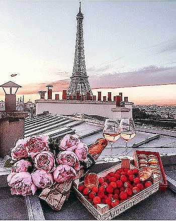 ROMANCE IN THE AIR😘❤ #romanceintheair #loveintheair #lovelyweather
